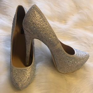 "Charlotte Russe Bling""Cinderella"" Heels Sz 9"